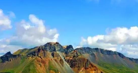 江苏人气最旺的赏枫胜地:一座栖霞山、半部金陵史!正值佳期
