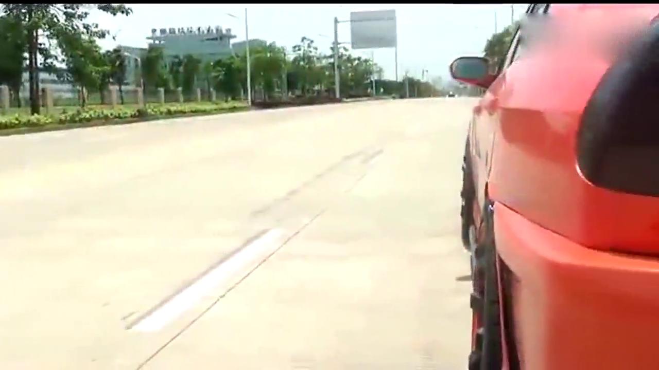 视频:东南V3菱悦被大神改装,速度无与伦比,同系列最强!