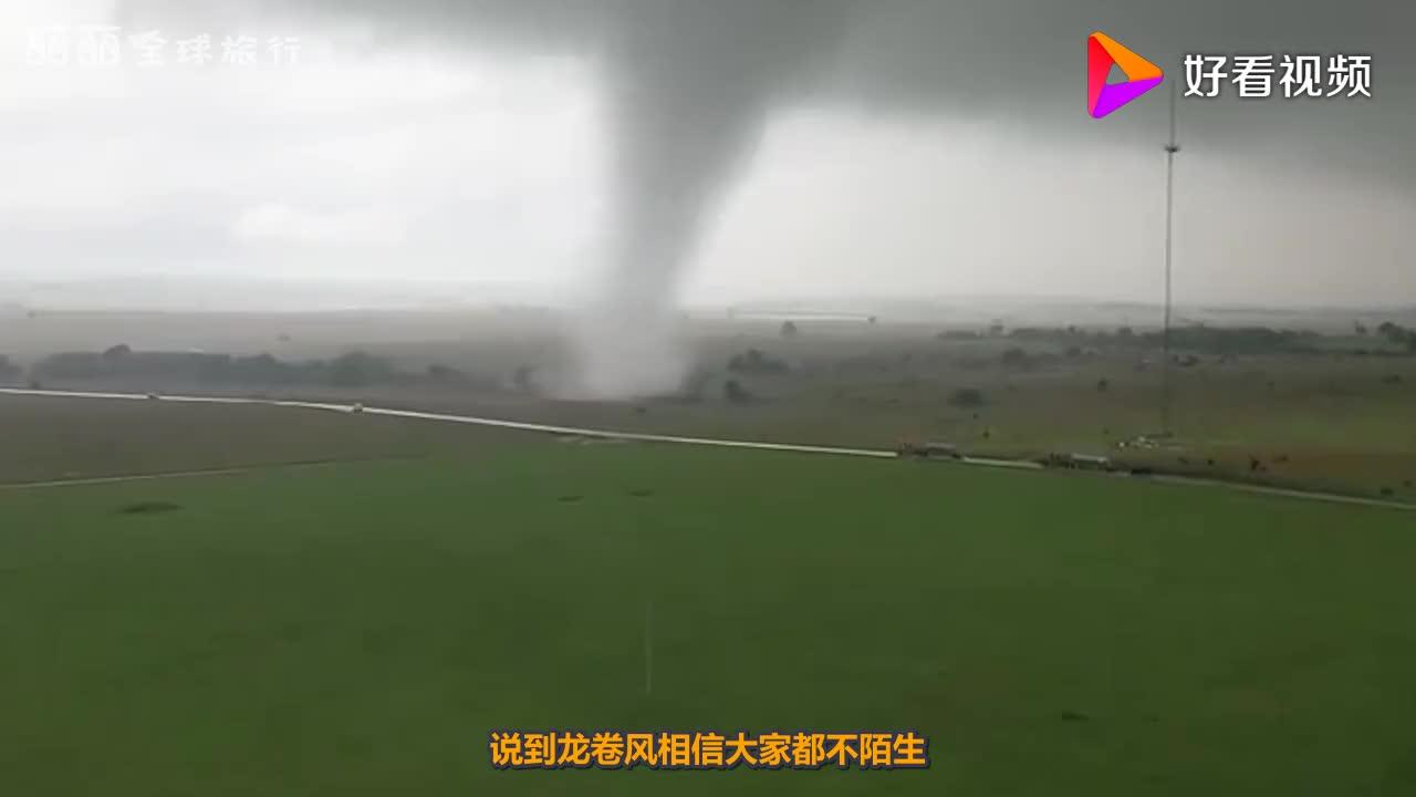 外国小哥用8台风扇模拟龙卷风能成功吗网友效果像动漫大招