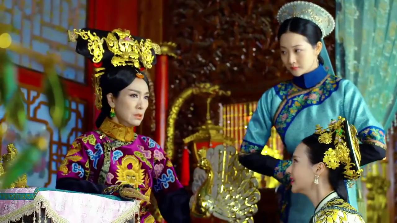 太皇太后把琳琅带走,皇上担心急忙赶去相救