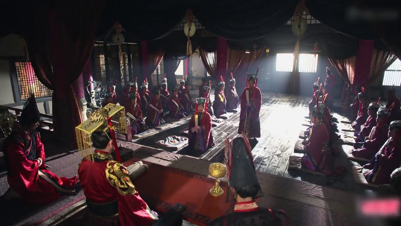 屈子给楚王一字之策,解决楚王对于秦王左右为难的情况,高明