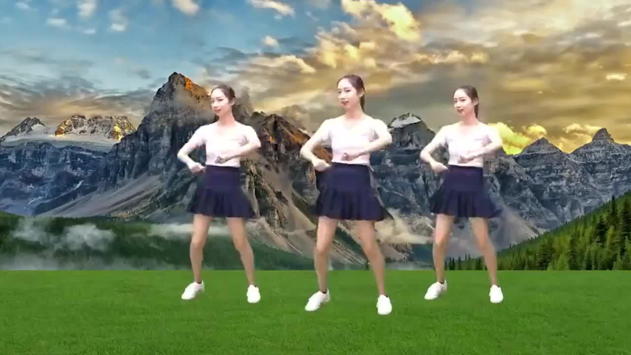 广场舞《山花朵朵开》旋律动感十足动作优美好看