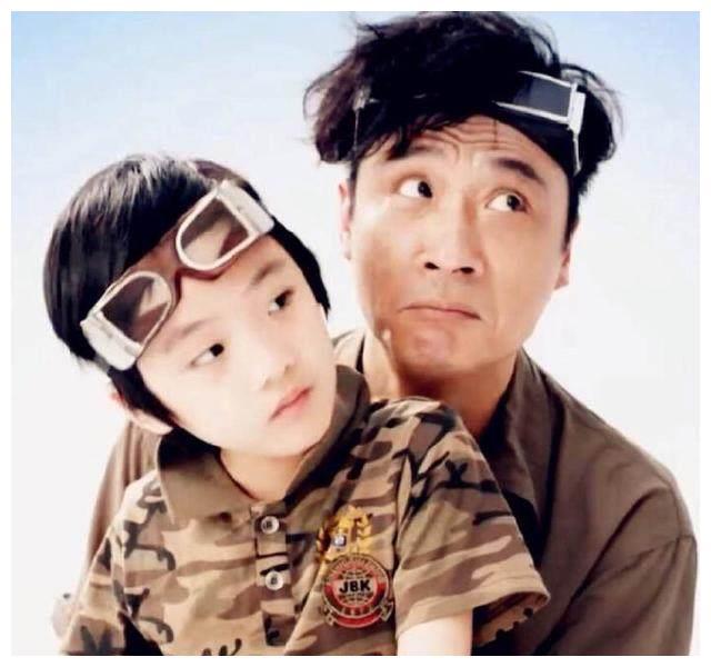 吴镇宇9岁儿子近照,仅仅是客串片酬就已超百万,如今长胖太多了