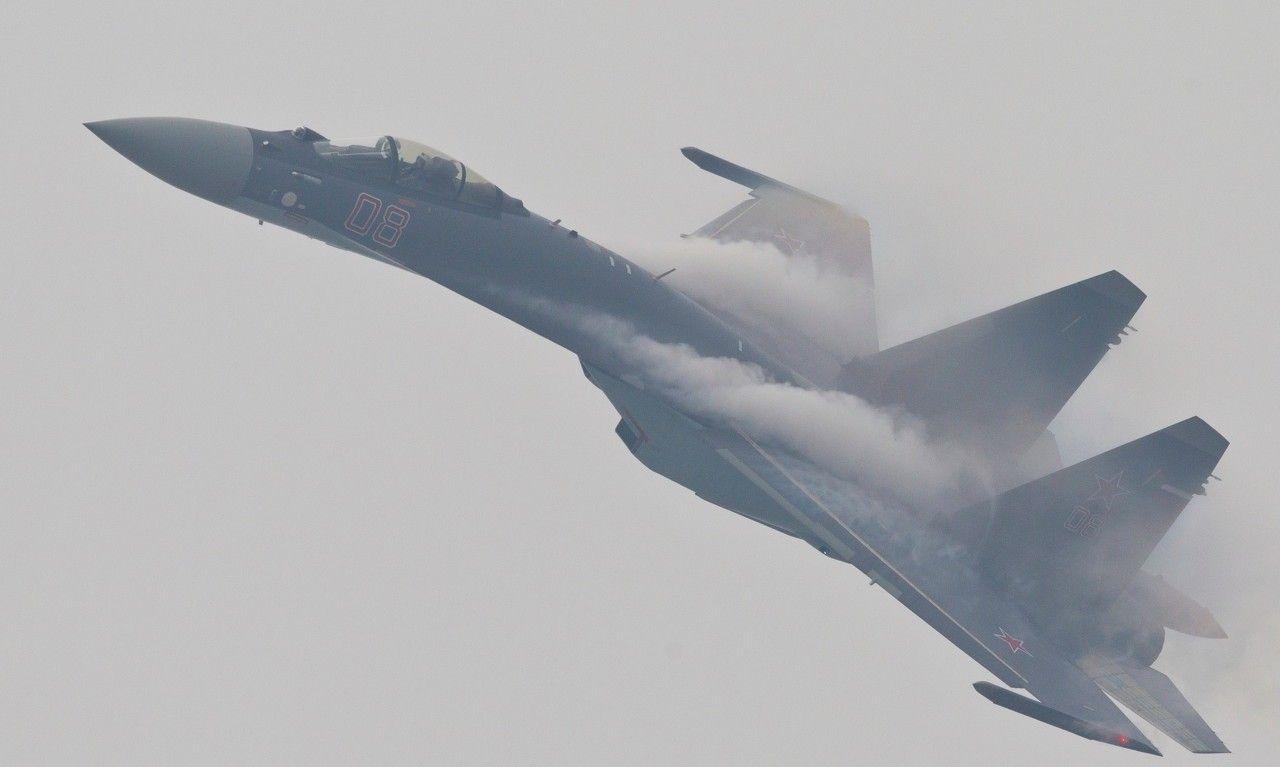 俄罗斯优秀的四代半战斗机——苏35多用途战斗机