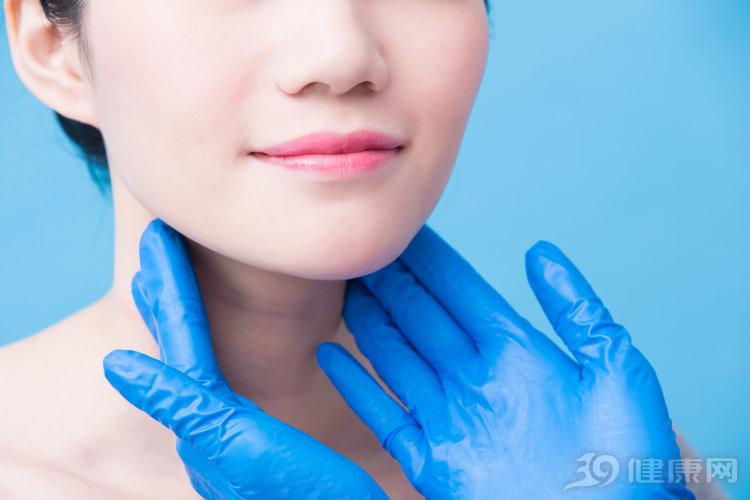 甲状腺癌早期,常出现这3种症状!尽早发现,能治愈