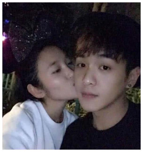 她是公认的戏精,曾和陈晓东拍吻戏太投入引热议,实力派