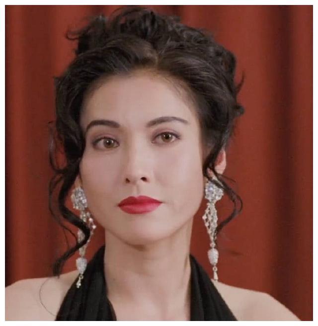 她和吴镇宇相爱8年,后嫁富豪,年过50岁颜值依旧漂亮