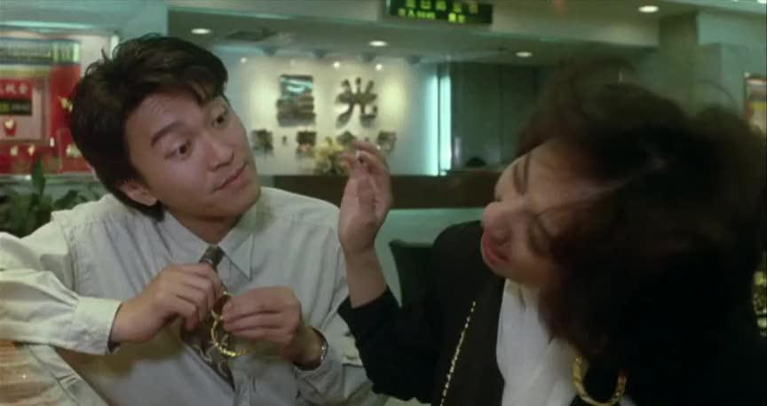 小姐姐没带过耳环这偏头杀好可爱啊