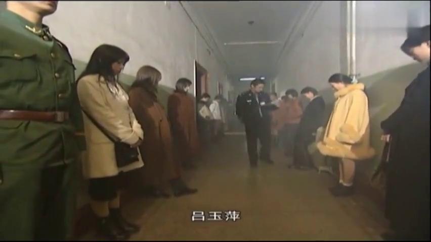 黑洞:黄渤演警察,一本正经审讯张惠妹!黄渤年轻时真帅!