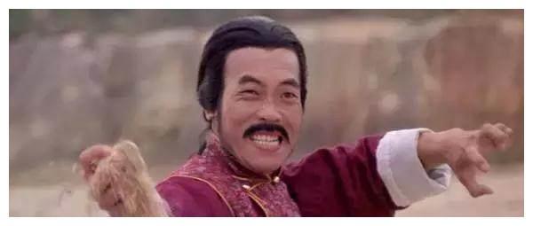 香港影坛霸王腿,曾打掉成龙一颗牙,是跆拳道黑带九段