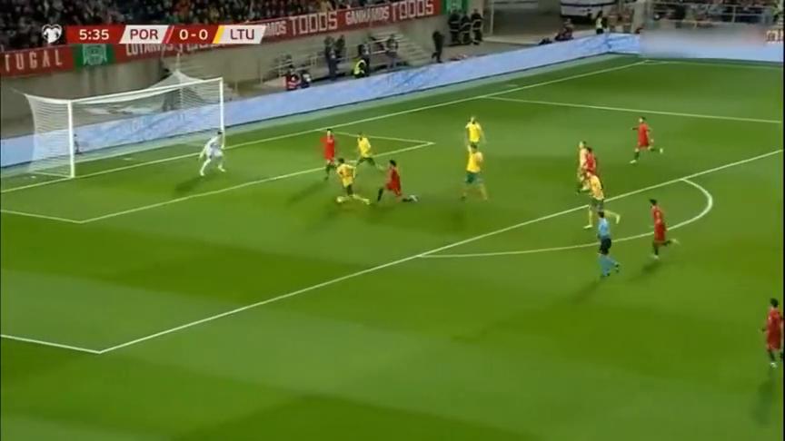 C罗戴帽B席传射,欧预赛葡萄牙6-0血洗立陶宛!