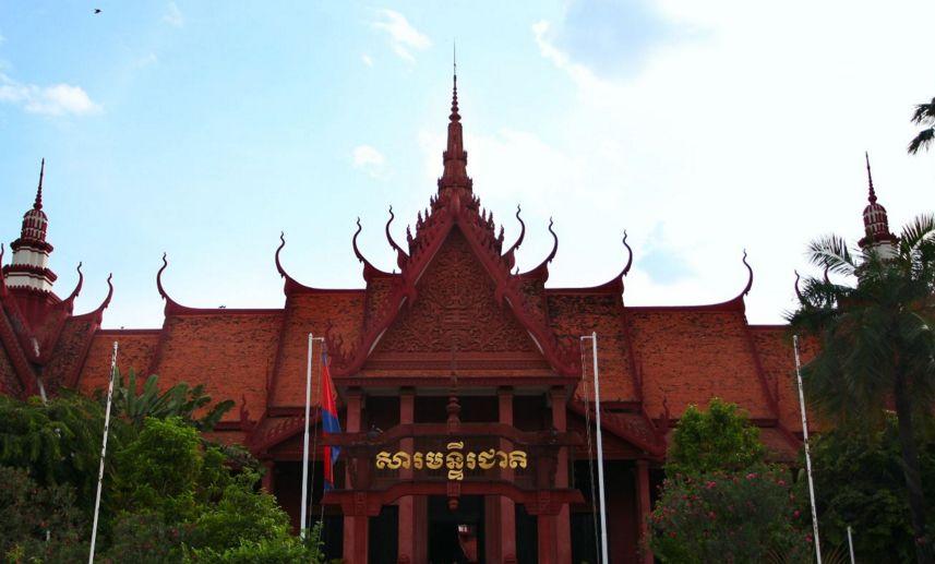 世界上高棉艺术藏品最丰富的博物馆之一,柬埔寨国家博物馆!