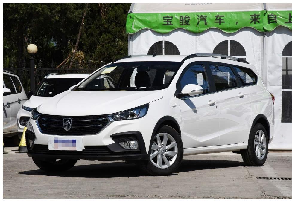 宝骏白菜价车型,起步4万左右,网友:国产最便宜的旅行车!