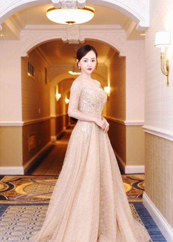 《警犬来啦》中的何木棉,美艳动人——杨蓉