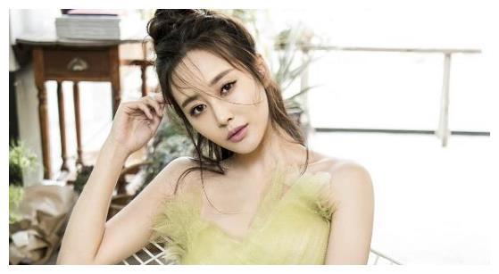 《如懿传》6位女主的现代装:李沁最俏皮,董洁优雅,张钧甯超暖