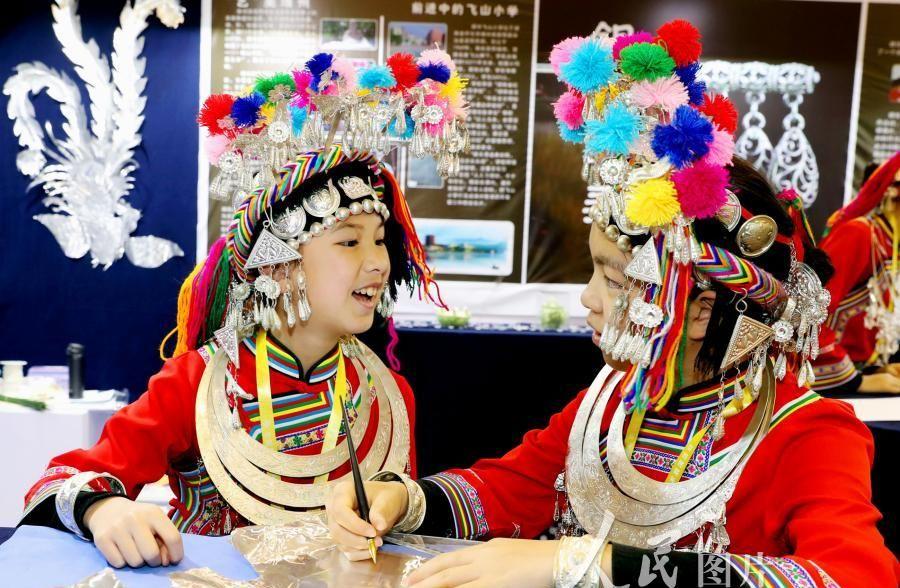 苏州:全国第六届中小学生艺术实践工作坊和艺术作品展开幕