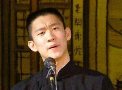 相声演员老照片:青涩时的曹云金,郭德纲和杨幂,被撩的岳云鹏!