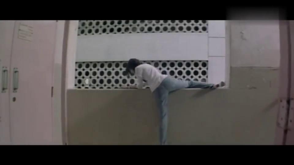 影视:女友被黑帮所害,愤怒的男友直接暴走,一人灭掉整个黑帮!