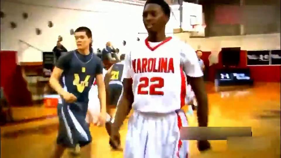 卡特后继有人!美国16岁高中生惊人弹跳完爆全明星扣篮大赛