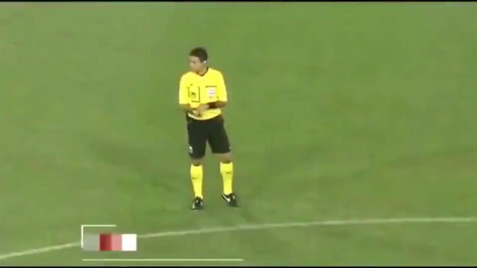 国足经典时刻回顾!15年亚洲杯小组赛1:0绝杀沙特,王大雷扑点