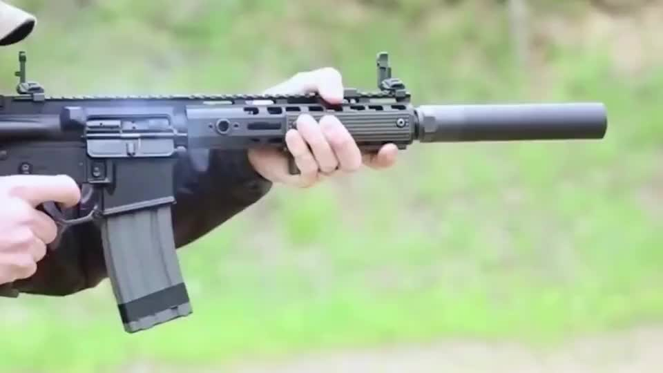 从突击步枪到 狙击步枪从大口径到 小口径