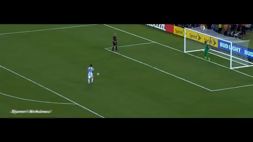 梅西巴乔同样的点球同样的命运,一个丢掉美洲杯一个丢掉世界杯