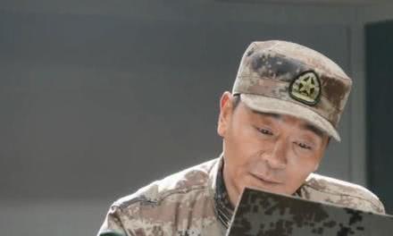 《陆战之王》杨俊宇哭着告诉张能量:骂的越多,爱的就越多