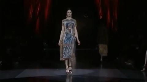 D&G秋冬大秀,华丽丽的西西里教堂风,模特们犹如拜占庭女神