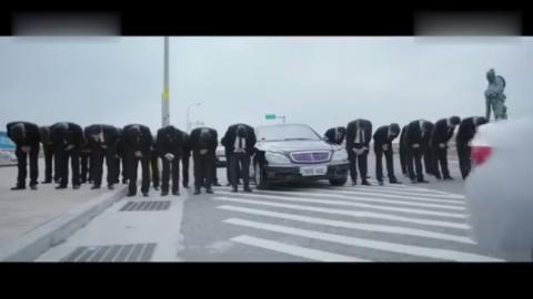 寒武纪大结局:唐印眼睁睁看着载着捡子的警车坠落入海,崩溃大哭