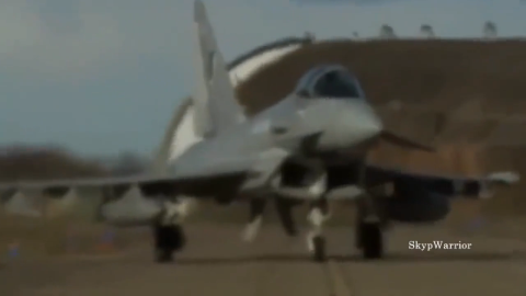 俄罗斯苏-35和美国F-22战斗机轮番对比