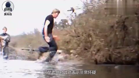 老外为实现轻功水上漂,发明了一套蜥蜴服,实验结果太搞笑了