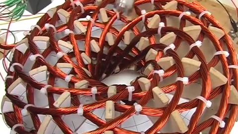涡旋技术磁场实验,看着像个鸟窝,太有意思了