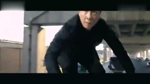 范迪塞尔与甄子丹限对决,动作场面火爆,精彩不断!