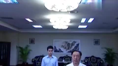 省委书记批评郑毅然,竟直接被停职,情商堪忧者毫无眼见力