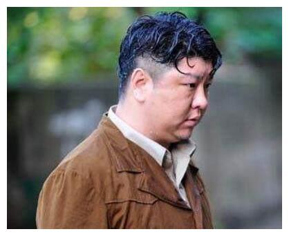 电视剧《生死线》被观众盛赞刘天佐让六品这个角色更加精彩
