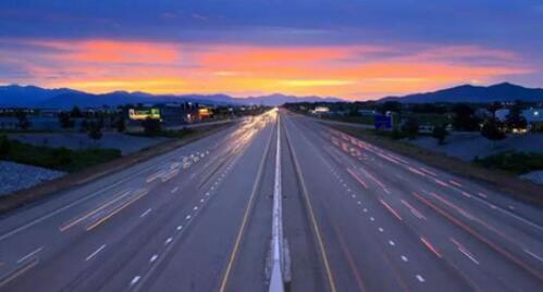 中国首条超级公路