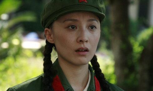 18年前凭一剧成名,与相识6天的男友闪婚,生活奢靡程度不输李湘