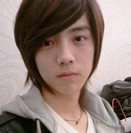 18岁鹿晗,18岁张翰,18岁吴奇隆,18岁的他才是小时候的回忆啊!