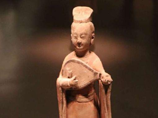 """中国国家博物馆里的""""微表情"""""""
