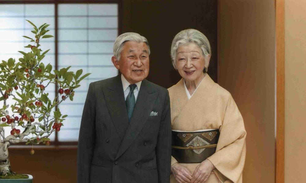 日本最美平民皇后美智子,为何拒绝与天皇合葬?一入豪门深似海!