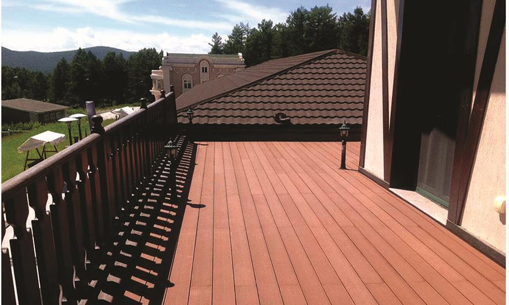 户外地面铺砖,什么材料好?如何挑选质量好的木塑地板?