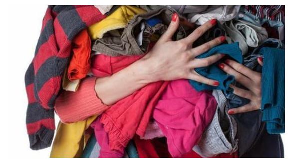 """""""洗干净的,给你家孩子穿吧"""",宝妈收下后,第二天转手就捐了"""