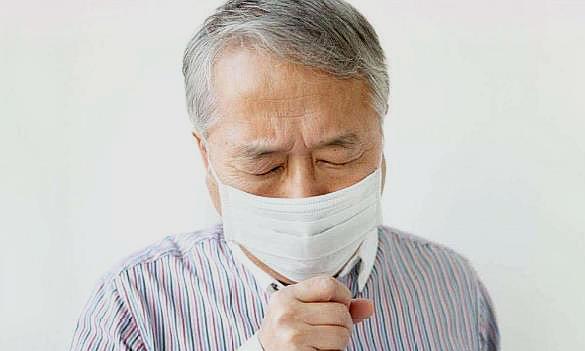 咳嗽不一定是感冒,若你符合这2个特征,建议你检查肺部