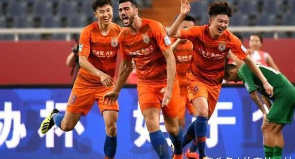 足协杯:大连一方对阵上海申花,山东鲁能VS上海上港,即将开战