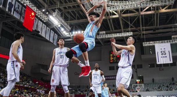 双雄争霸!唯一能撼动广东队统治的新疆队,需如何调整才能夺冠?