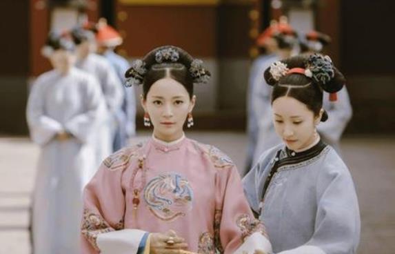 她比皇帝小41岁,入宫被狂翻牌子,后代出了2位皇帝