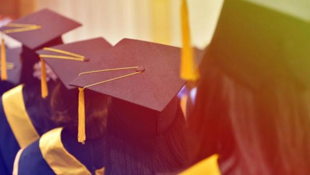 一本的毕业证和普通二本毕业证,有何不同?对找工作有啥影响呢?