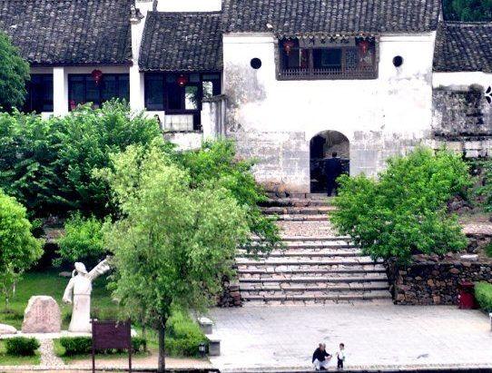 桃花潭绿林谷景区,位于安徽泾县桃花潭北入口处,景区内空气清新