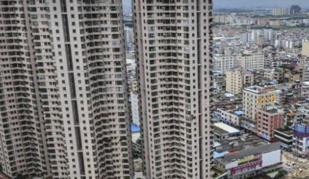 """中国最""""牛""""的小镇,人口不足8万,却拥有4座火车站,令人羡慕"""