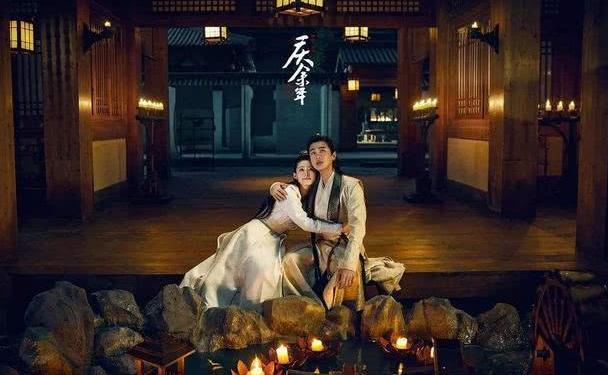 张若昀发亲密剧照,李沁的回复求生欲强,和闺蜜老公搭档太难